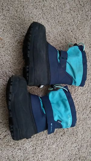 COLUMBIA Kid's Snow Boots, Size: US 11 (EUR 28) for Sale in Portland, OR