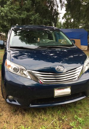 Toyota Sienna 2011, clean little, condition excellen,eco second owner for Sale in Renton, WA