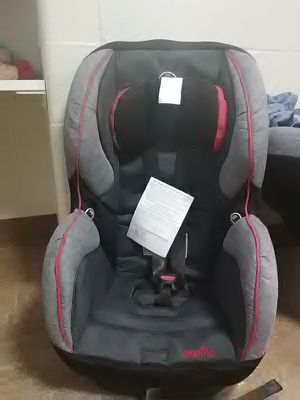 Brand new not used cat seat. Reversible for toddler and baby carseat for Sale in Cleveland, OH