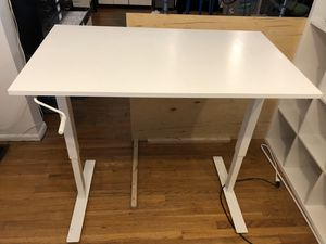 IKEA SITE/STAND DESK - SKARSTA for Sale in Seattle, WA