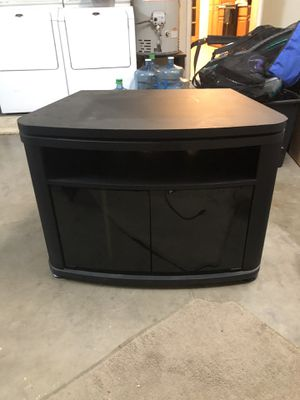 Swiveling TV Stand / Entertainment Center for Sale in Tempe, AZ