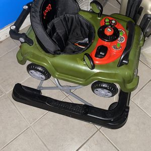 JEEP Wrangler Baby Walker for Sale in Cicero, IL