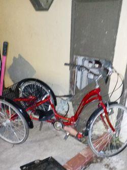 Fold Up 3 Wheel Bike for Sale in Oakland,  CA