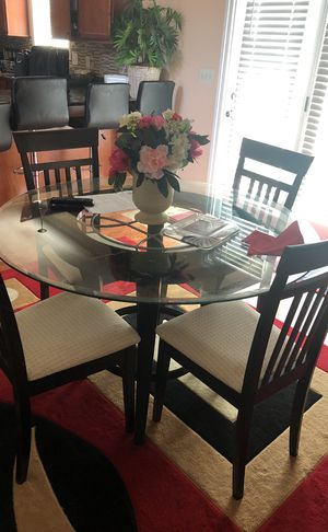 Breakfast table with four chairs for Sale in Nashville, TN