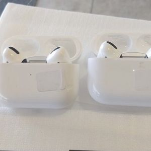 Apple AirPod pros for Sale in Las Vegas, NV