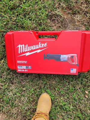 Milwaukee saw saw for Sale in Central, SC