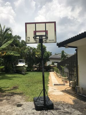 Spaulding basketball hoop and platform. The night is adjustable by way of a height control lever behind the backboard. for Sale in Palmetto Bay, FL