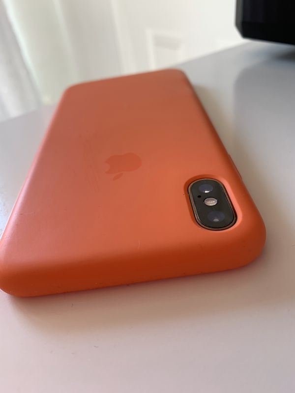 iPhone XS Max 256gb unlocked gold