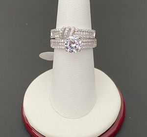 925 sterling silver Ring set for women size 7 for Sale in Los Angeles, CA
