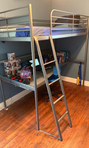 Kids bunk bed with desk for Sale in Lynwood, CA