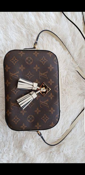 Saintonge Creme Crossbody Shoulder Bag for Sale in Irvine, CA