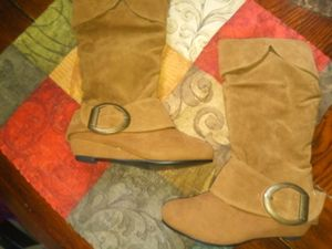 New girls boots for Sale in Adrian, MI