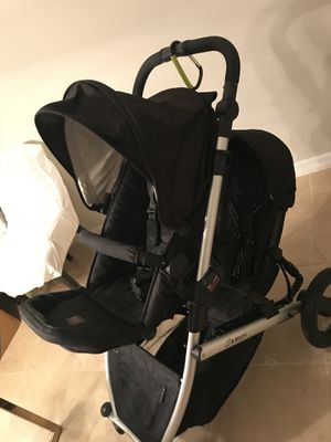 Britax B-Ready stroller (Double) for Sale in Orlando, FL