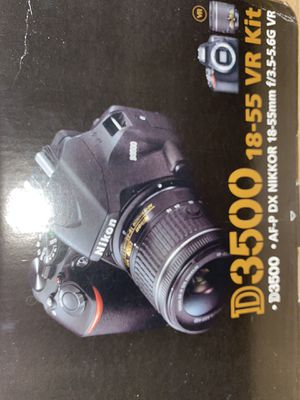 D3500 camera and lens for Sale in Belton, SC