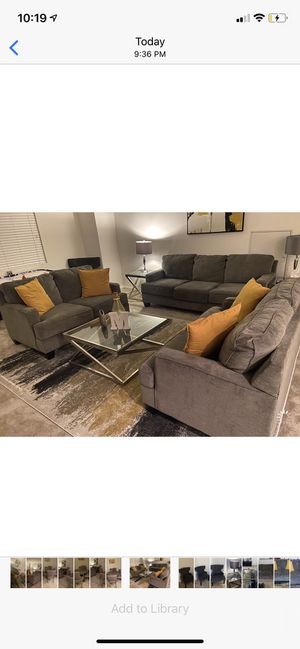 Living Room / Dining Room Set for Sale in Romoland, CA