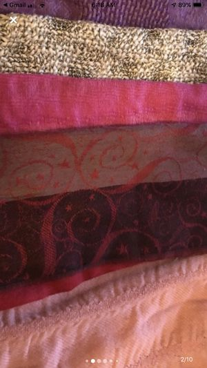 Bundle of 5 Scarfs for Sale in Los Angeles, CA