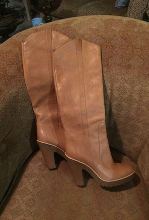 Leather boot size 8 for Sale in Chandler, AZ