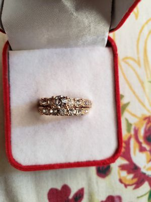 Ladies jewelry anniversary white engagement white 18 I golden filled set ring size 7 for Sale in Moreno Valley, CA