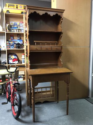 Vintage Secretary Desk with a hutch for Sale in Eastpointe, MI