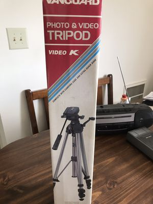 Vanguard Photo/ Video Tripod for Sale in Manassas, VA