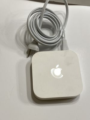 Apple AirPort Express WiFi Router/Extender (2nd Gen) Model A1392. for Sale in Irvine, CA