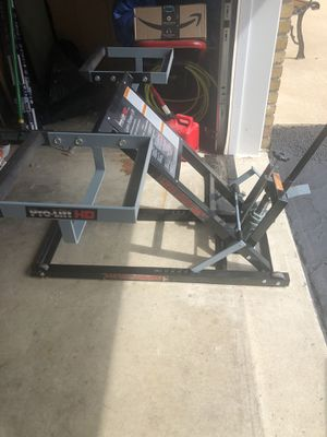 Pro Lift HD Lawn mower lift for Sale in Annville, PA