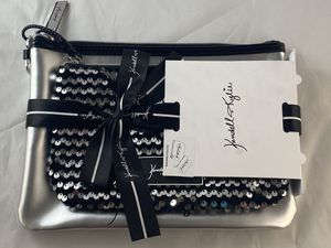 Brand new Kendall and Kylie silver and black makeup bags set for Sale in Clackamas, OR
