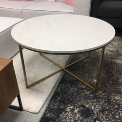Circle Coffee Table for Sale in Bloomingdale,  IL