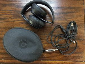 Beats Solo 3 wireless for Sale in DuPont, WA