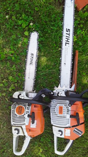 Sthil chainsaws 880 magnum 2 chains and cover wrench 391 sthil 4 bars 10 chains cover wrench 880 1 year old 391 2 years old for Sale in Judson, IN