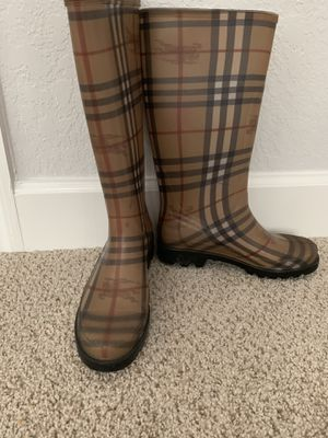 Authentic Burberry rain boots for Sale in Winter Springs, FL