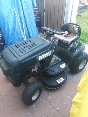 Tractor de chapeo for Sale in Miami, FL