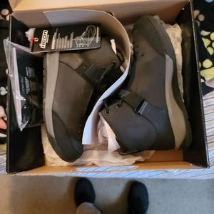 IICON SUPERDUTY BOOTS SIZE 8 MENS for Sale in Eastlake, OH