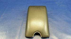 INFINITI G25 G37 Q40 Q60 CENTER CONSOLE ARM REST AUTOMATIC TRANSMISSION # 55605 for Sale in Fort Lauderdale, FL