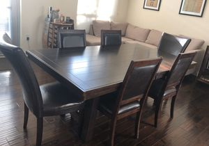 Dining table and 6 chairs for Sale in San Jose, CA