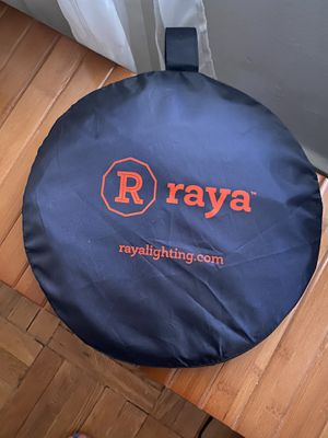 Collapsible Reflector Disc for Sale in Brooklyn, NY