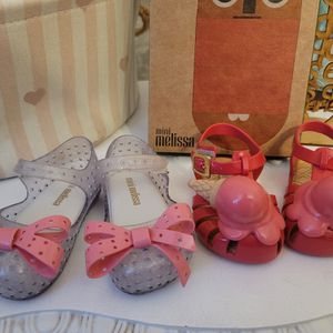 Mini Melissa Shoes Size 5 for Sale in Opa-locka, FL