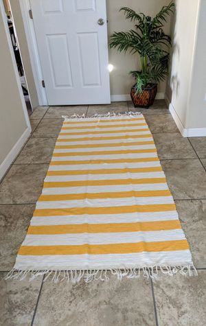 """Rug Runner Excellent Condition! 35""""Wide x 84""""Long for Sale in Escondido, CA"""