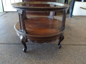 Antique caffe table for Sale in Las Vegas, NV