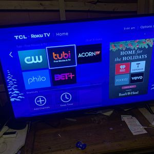 46 inch TCL ROKU SMART TV for Sale in Detroit, MI