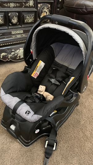 Car seat and 360 walker for Sale in Stockton, CA