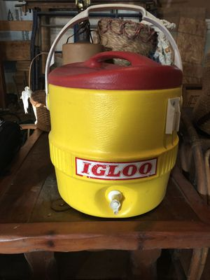 3 gal water jug for Sale in Smithsburg, MD