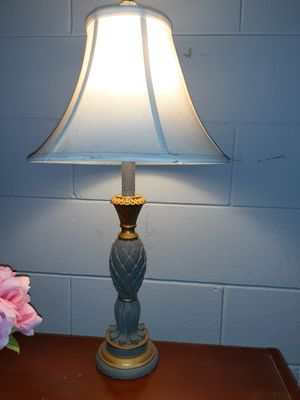 2ft tall lamp for Sale in Bloomington, IL