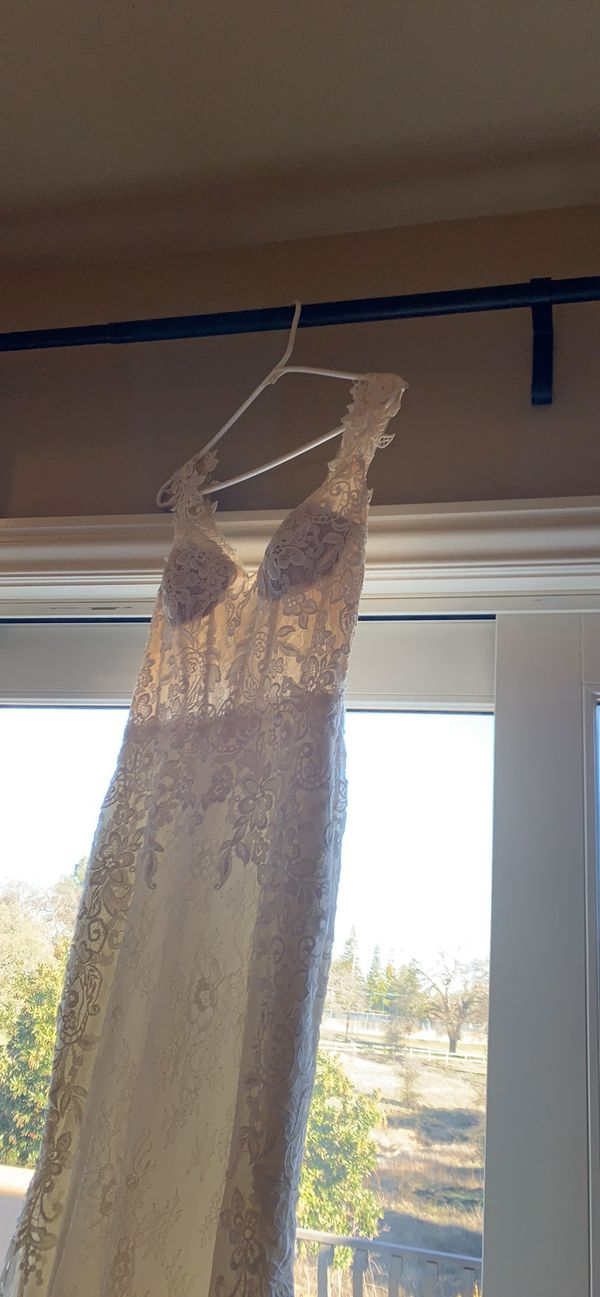 Vintage Lace Wedding Dress - Never Worn