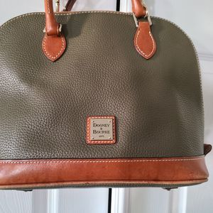 Dooney And Bourke for Sale in Las Vegas, NV