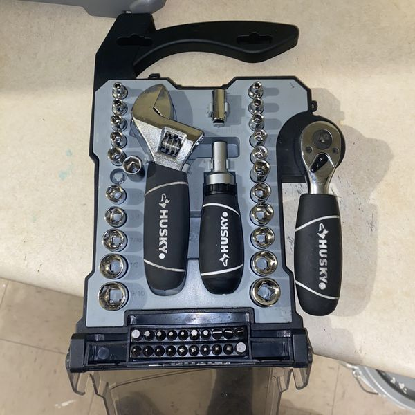 Husky 46 Piece Stubby Combination Wrench And Socket Set