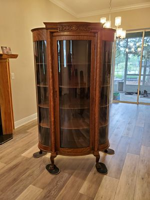 Antique China cabinet for Sale in Plant City, FL