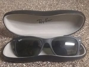 Ray Ban sunglasses for Sale in Las Vegas, NV