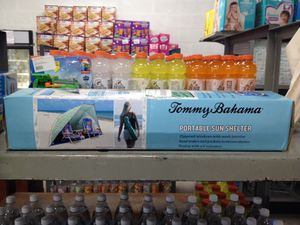 Tommy Bahama portable sun shelter for Sale in Miami Lakes, FL