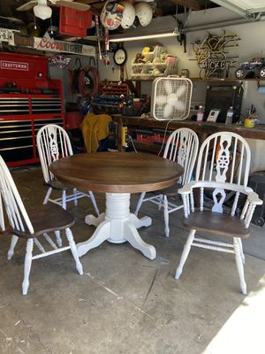 Rustic dining table for Sale in Walnut, CA